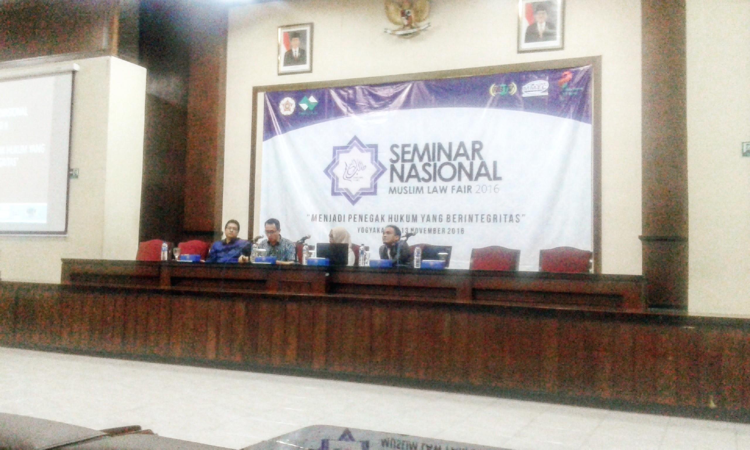 Sesi kedua seminar nasional. Foto: Ade-Tata