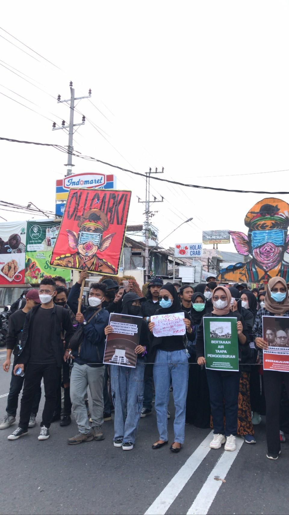 Aksi 'Selamatkan Warga Yogyakarta' : Sebuah Panggilan Terakhir untuk  Menagih  Kehadiran Presiden Jokowi?