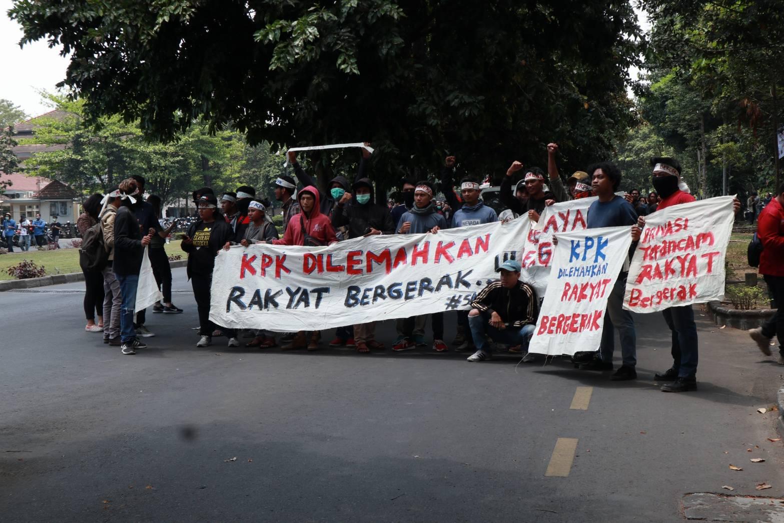 Pelemahan KPK dan Obstruction of Justice Para Koruptor dalam Pusaran Kelembagaan Negara